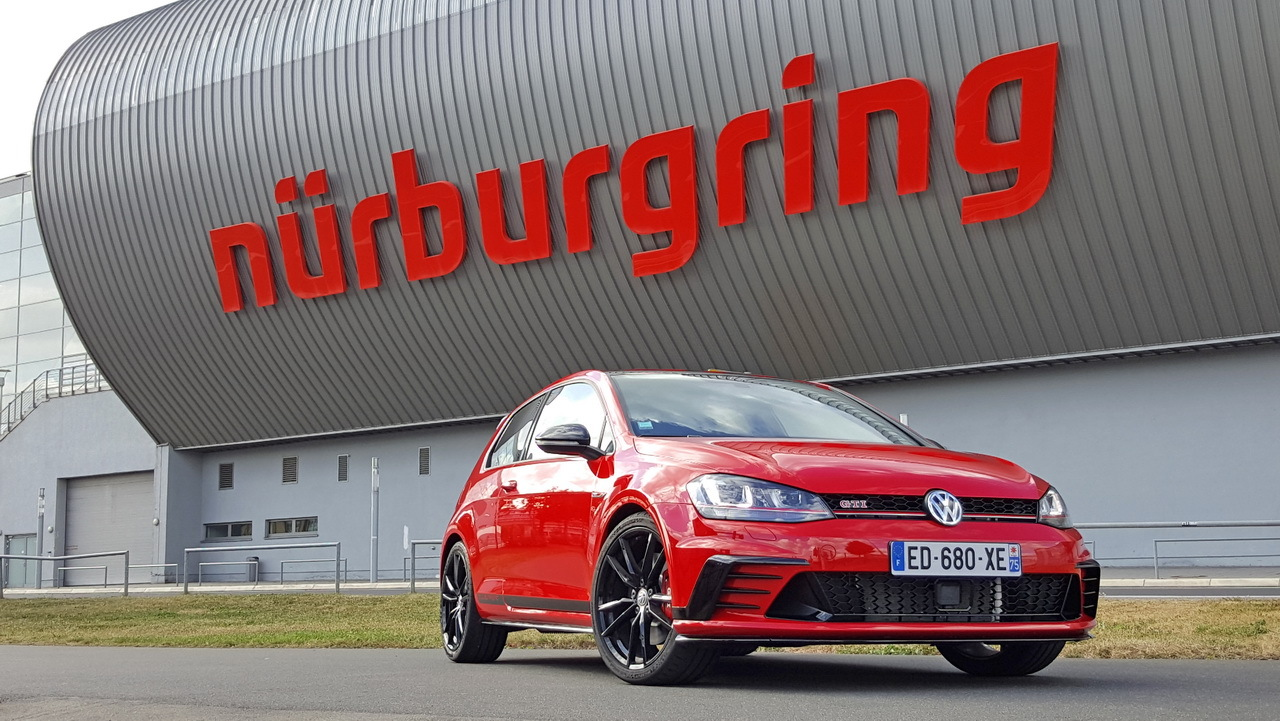 essai extr me la vw golf gti clubsport se frotte au n rburgring photo 1 l 39 argus. Black Bedroom Furniture Sets. Home Design Ideas