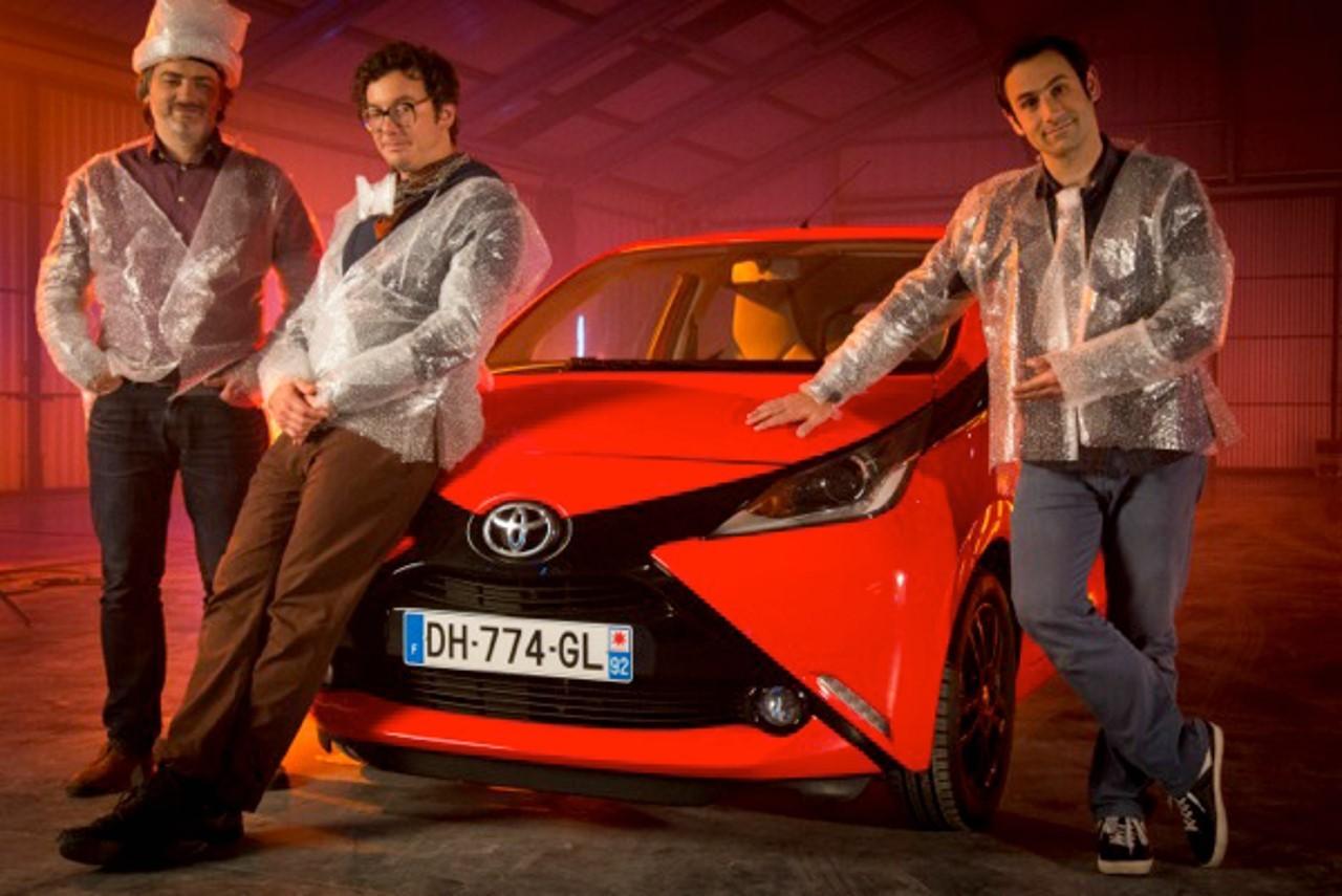 La Toyota Aygo s'agite sur YouTube avec Action Discrète