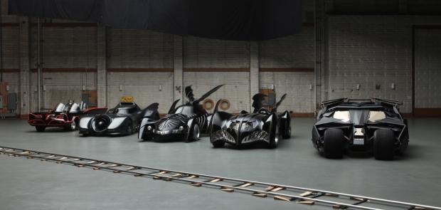 news auto general motors pr pare la nouvelle voiture de batman 321auto. Black Bedroom Furniture Sets. Home Design Ideas