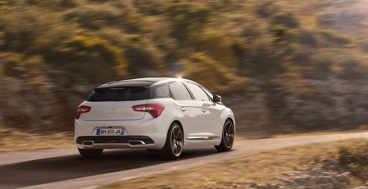 Citroën équipe la DS5 du nouveau moteur 2.0 BlueHDi 180 chevaux