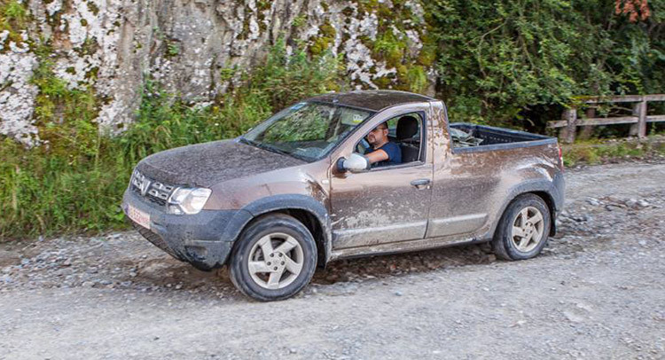 Dacia Duster Pick-up: les premières images