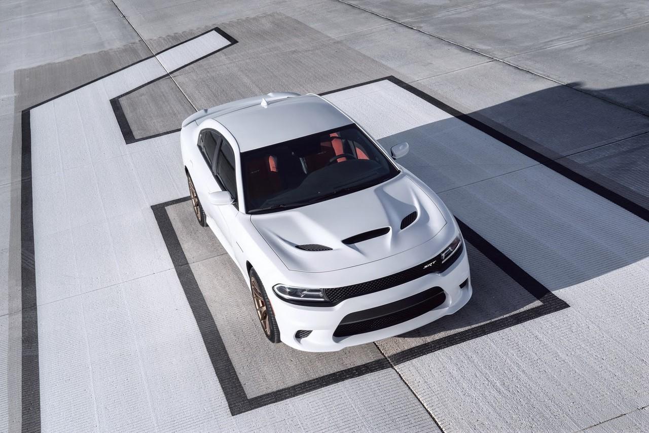 Après la Challenger, Dodge dope la Charger en version SRT Hellcat