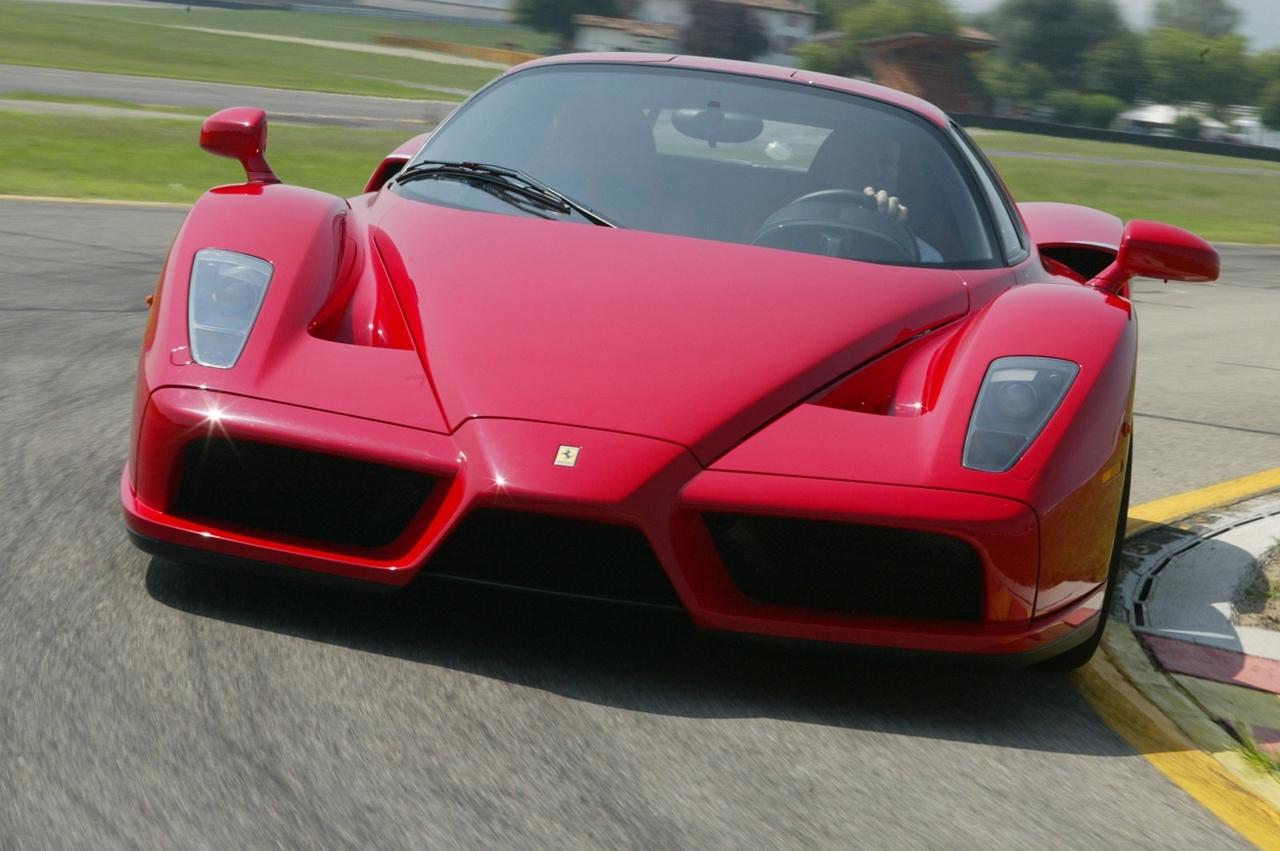 Un V8 bi-turbo pour la future Enzo