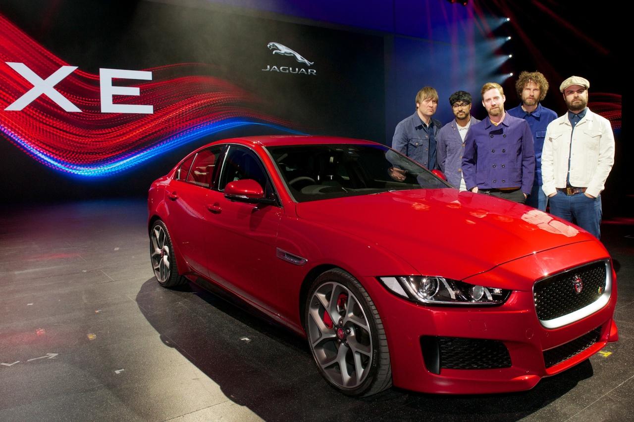 Nouvelle Jaguar XE : photos et vidéo du show à Londres