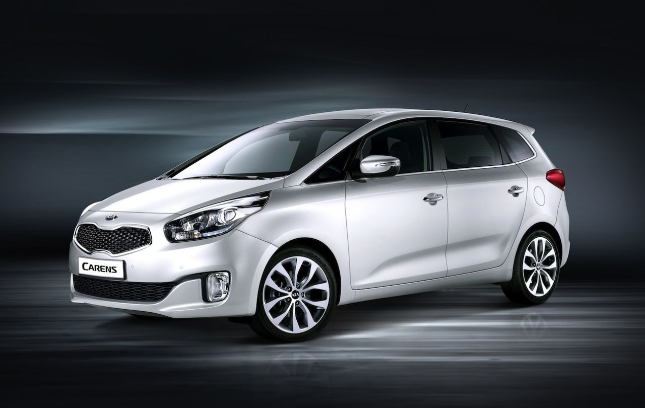 Kia Carens Toy's R Us