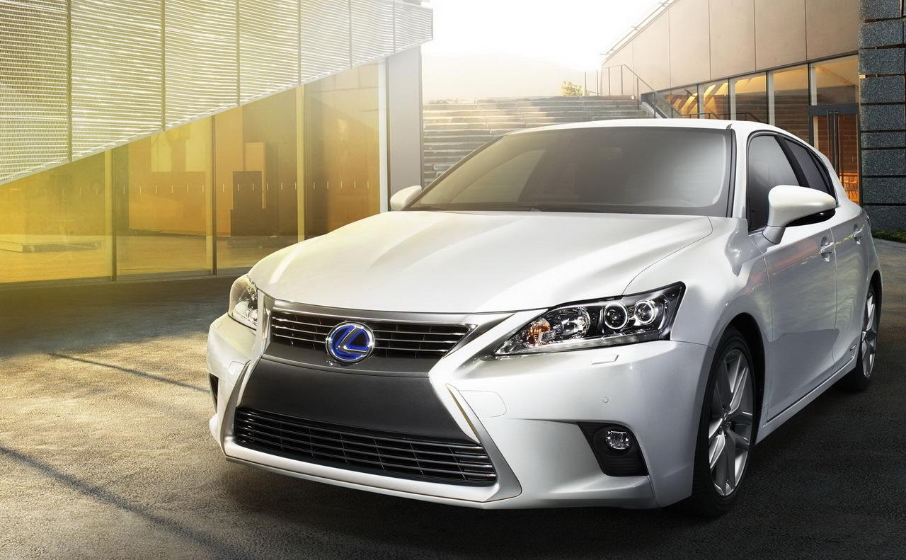 Lexus CT 200h 2014 : léger restylage pour la Lexus compacte hybride