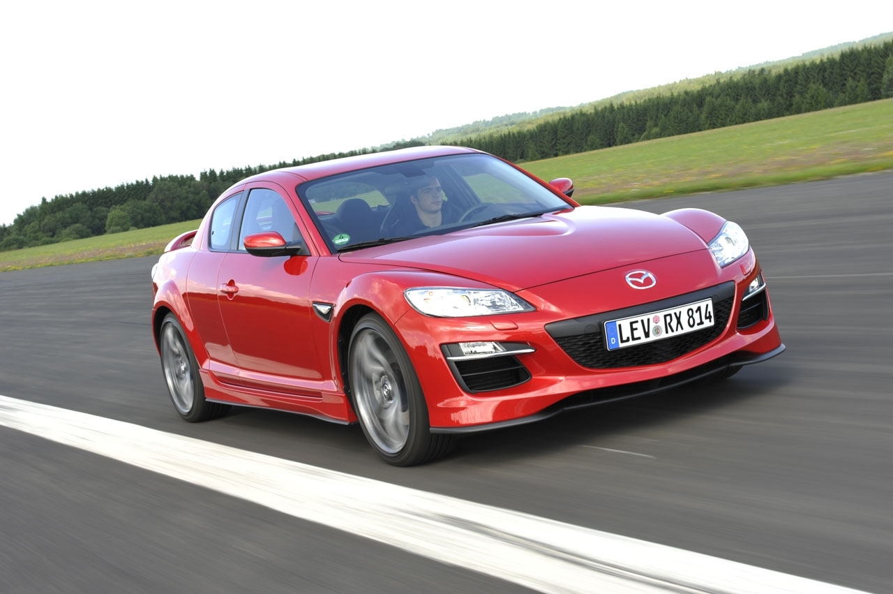 Mazda n'abandonne pas la RX-8 ni le moteur rotatif