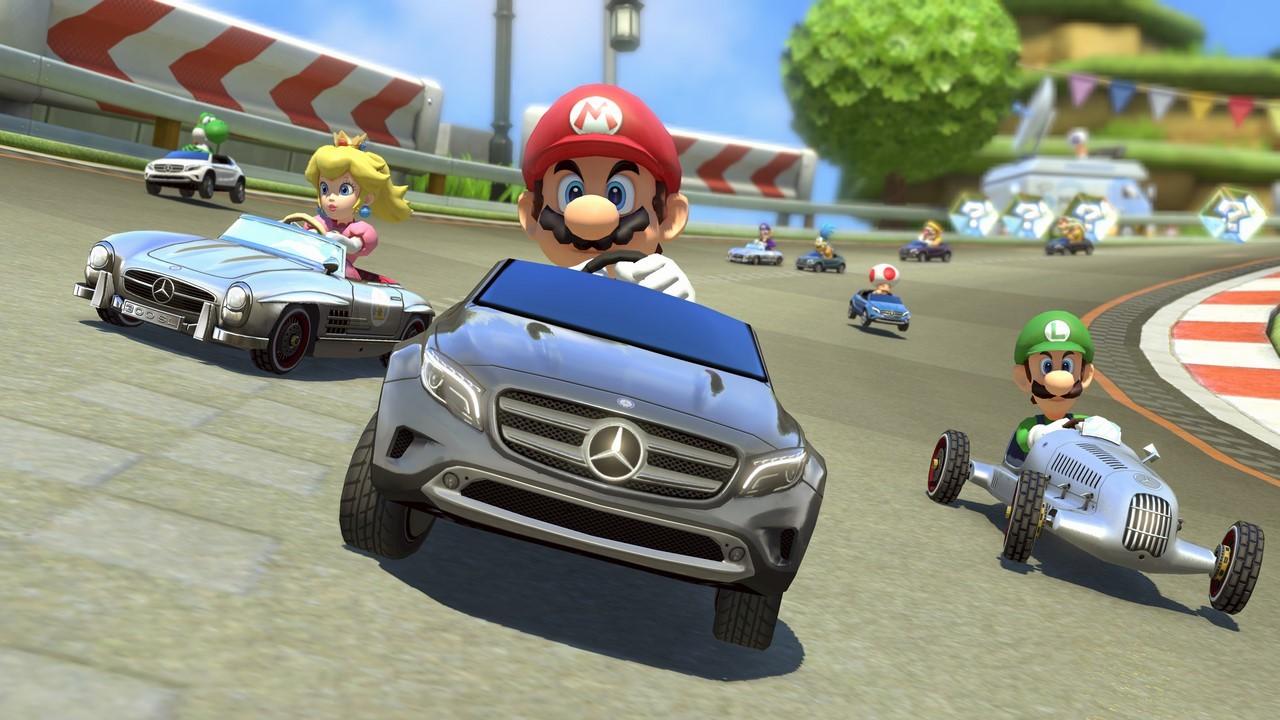 Mercedes incruste trois de ses modèles dans Mario Kart 8