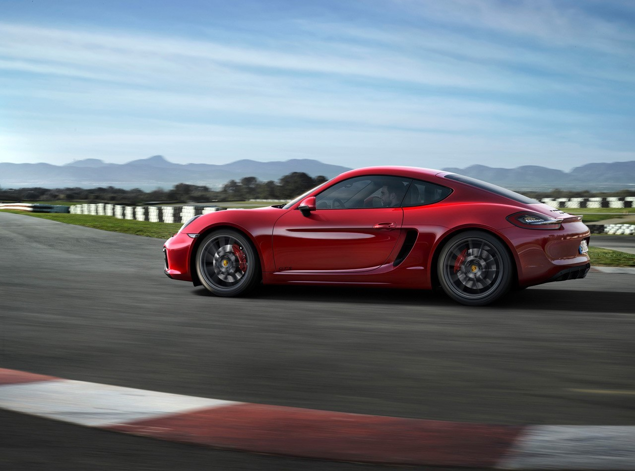 Vidéo : la Porsche Cayman GTS s'éclate au karting