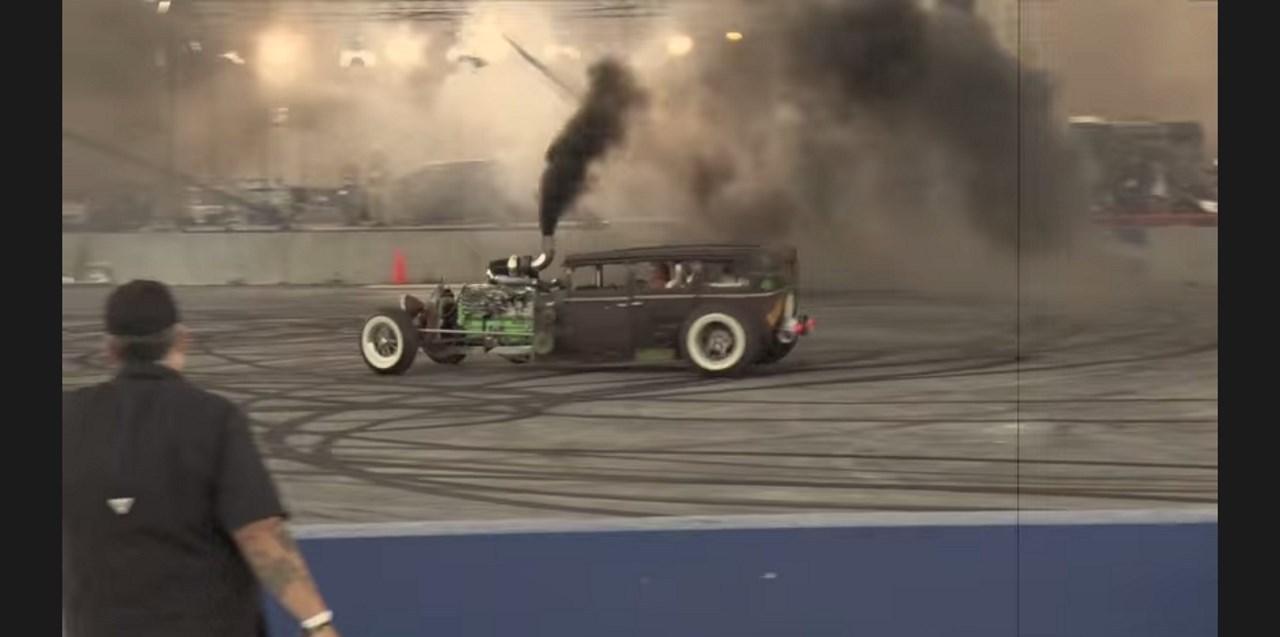 Rat Rod : une Dodge 1928 crache 1 000 chevaux de son Diesel