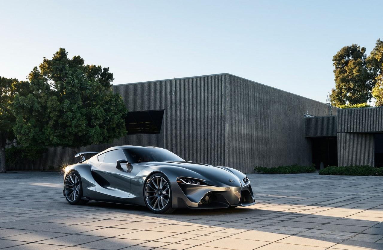Nouvelles versions du concept Toyota FT-1 : l'élégante et la musclée
