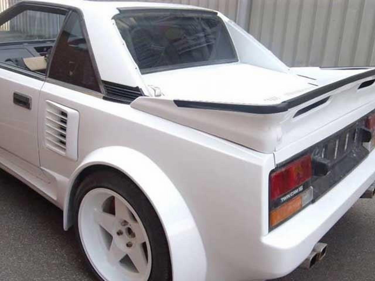 L'horreur du jour : une Toyota MR2 tunée avec un V8 Audi
