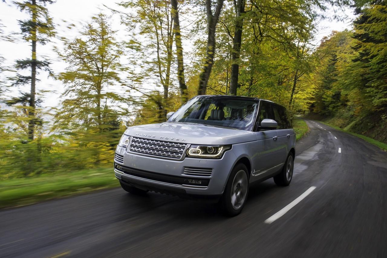 Le Range Rover en tête des voitures préférées des footballeurs