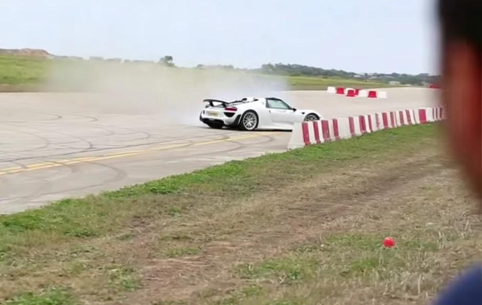 Vidéo : dramatique crash d'une Porsche 918 Spyder à Malte