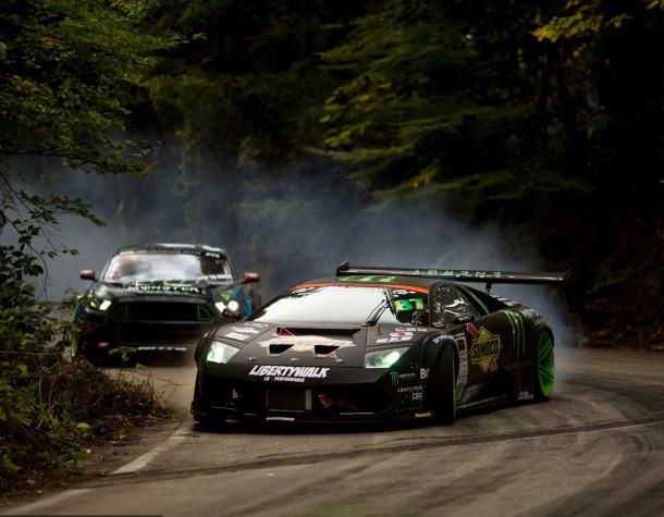Battle de Drift : deux monstres s'affrontent pour un show hallucinant