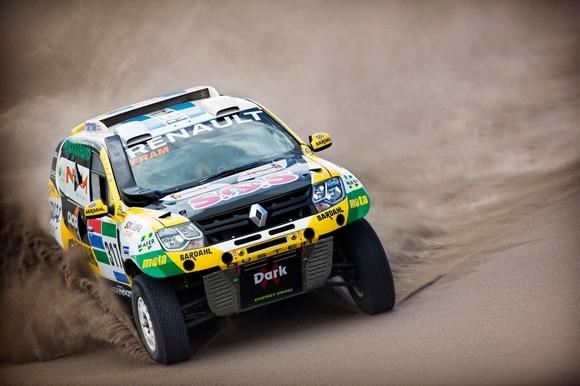 Vidéo : le Duster du Dakar 2016 en action
