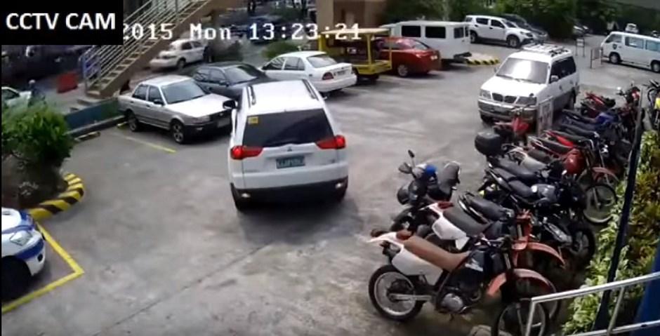 Fail : la pire manœuvre de stationnement au monde
