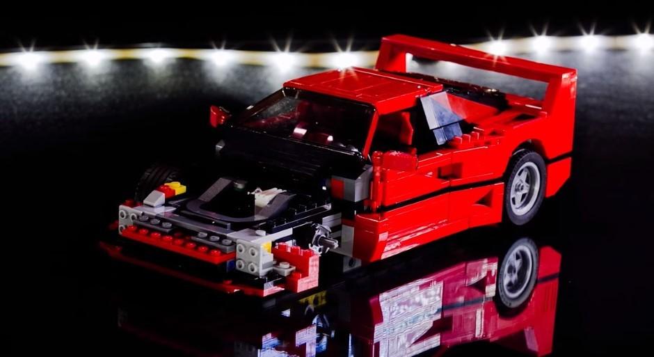 Vidéo : la construction de la Ferrari F40 Lego en time-lapse