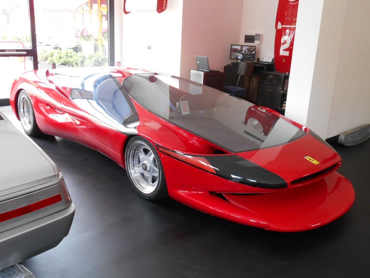Insolite : une Ferrari de 750 ch faite maison