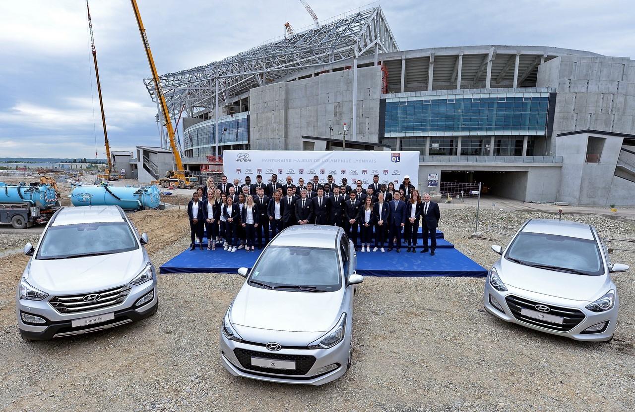 Vidéo : l'Olympique Lyonnais reçoit ses nouvelles Hyundai