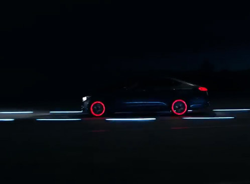 Une Hyundai Genesis option Tron