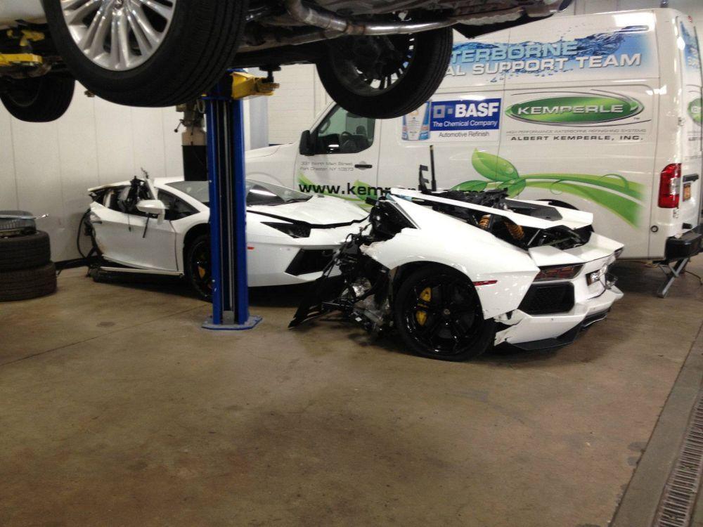 Il vend sa Lamborghini... coupée en deux