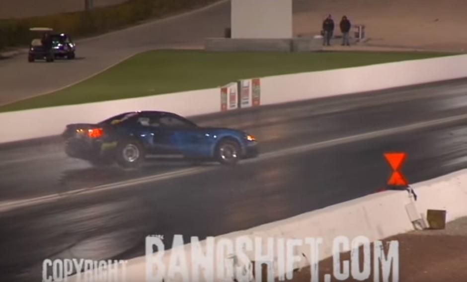 Vidéo : le drag race qui aurait pu très mal finir