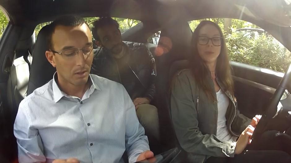 Vidéo : ils passent leur permis de conduire sur une Porsche 911