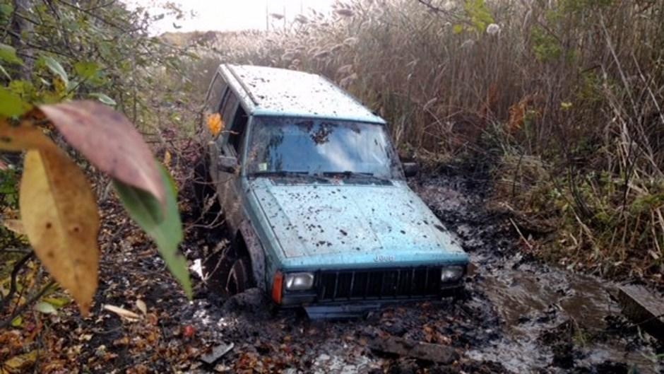Fail : son plantage de Jeep dans la boue va lui coûter 48 000 dollars