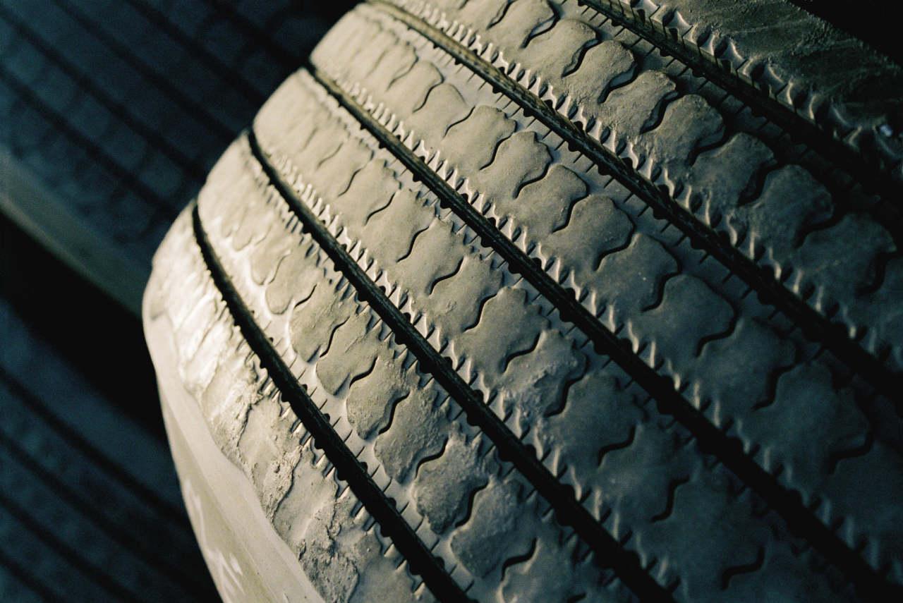 Augmenter la durée de vie de ses pneus : c'est aussi possible avec l'éco-conduite