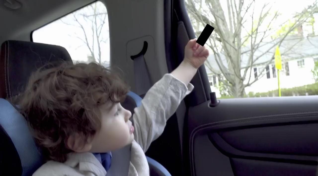 Publicité : le clip Smart Forfour que vous ne verrez pas à la TV