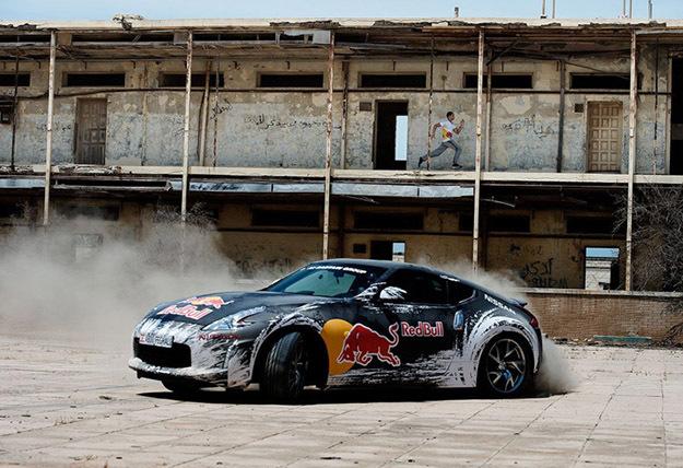 Drift contre Parkour par Red Bull