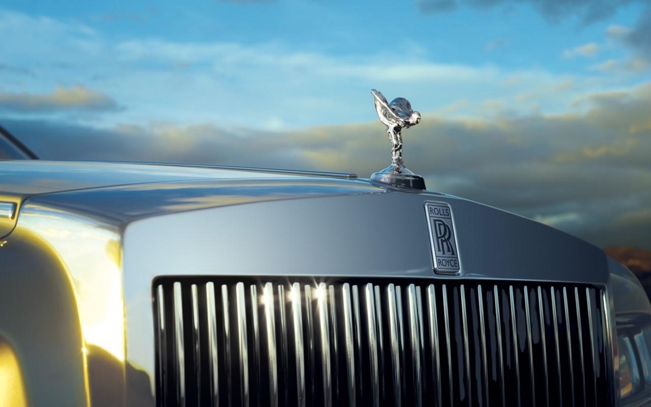 Un SUV Rolls-Royce attendu en 2017