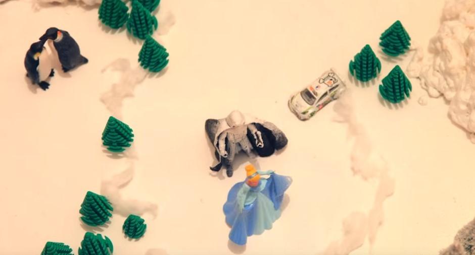 Vidéo : le snowkhana de Ford avec le Père Noël et Star Wars