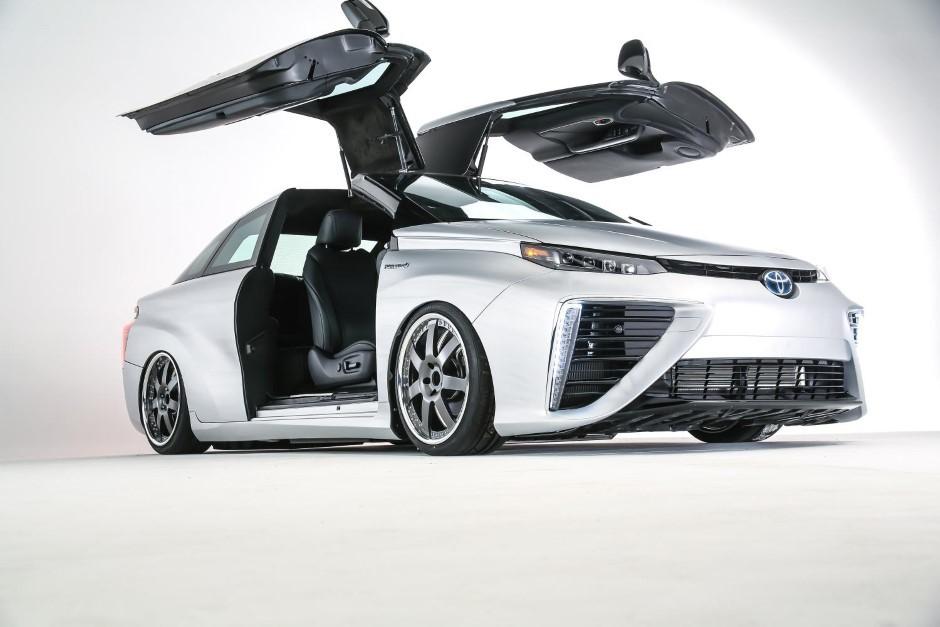 Insolite : la Toyota Mirai version Retour vers le futur
