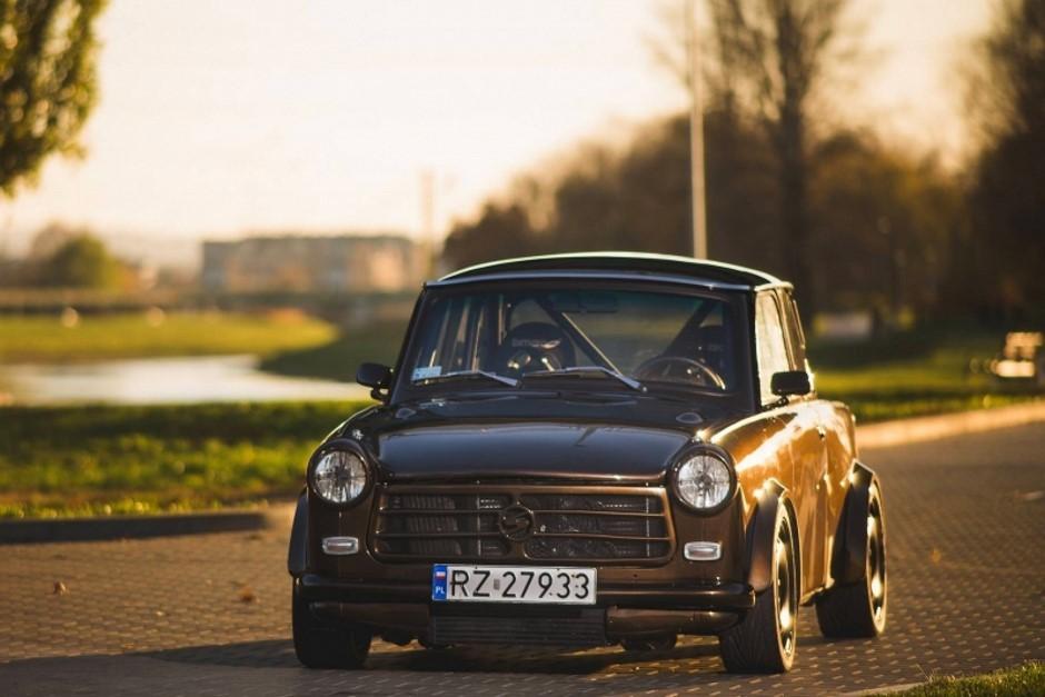 Insolite : une Trabant montée comme une Audi TT