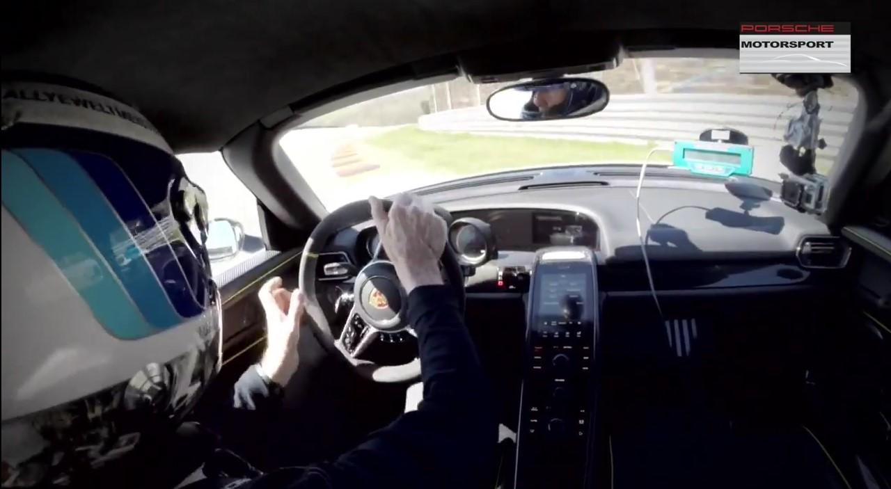 Vidéo : crash de Walter Röhrl en Porsche 918 Spyder