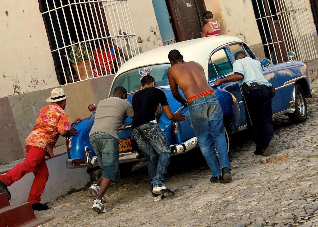 A la découverte du musée automobile 50's à l'air libre de Cuba