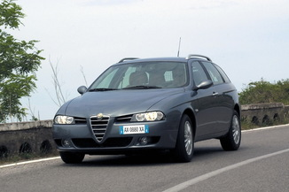 ALFA ROMEO 156 SW 1.9 JTD126 Multijet Distinctive