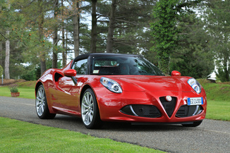 actualit alfa romeo 4c targa l argus. Black Bedroom Furniture Sets. Home Design Ideas