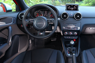 fiche technique audi a1 sportback 1 4 tfsi 122ch ambition. Black Bedroom Furniture Sets. Home Design Ideas