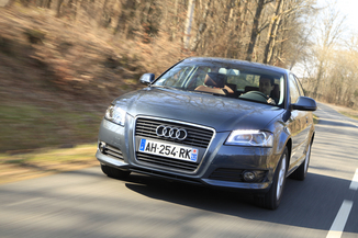 fiche technique audi a3 ii 2 0 tdi 140ch dpf start stop ambition 3p l 39. Black Bedroom Furniture Sets. Home Design Ideas