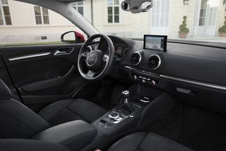 fiche technique audi a3 berline iii 1 6 tdi 110ch fap s. Black Bedroom Furniture Sets. Home Design Ideas