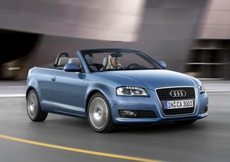 AUDI A3 Cabriolet 1.6 TDI 105ch DPF Start/Stop S line