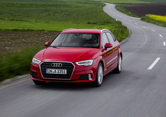 fiche technique audi a3 sportback iii 1 0 tfsi 115ch s tronic 7 l 39. Black Bedroom Furniture Sets. Home Design Ideas