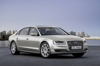 AUDI A8 3.0 V6 TDI 258ch clean diesel Avus Extended quattro Tiptronic Limousine Euro6