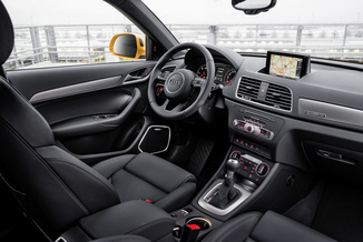 Fiche technique audi q3 2 0 tdi 150ch business line for Audi q3 photos interieur
