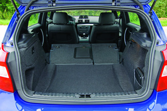 fiche technique bmw serie 1 1 e81 87 essence 130i luxe de 2005 2007. Black Bedroom Furniture Sets. Home Design Ideas