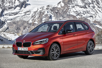 BMW Série 2 ActiveTourer 218iA 140ch Luxury DKG7