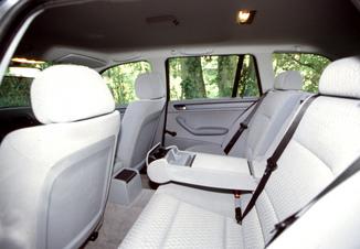 fiche technique bmw s rie 3 touring iv e46 320d 150ch pack luxe l 39. Black Bedroom Furniture Sets. Home Design Ideas